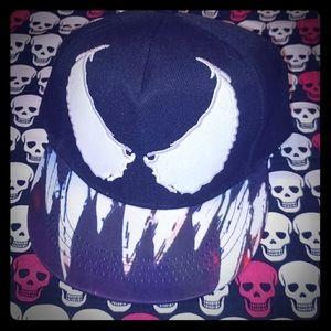 Venom Snapback Cap NWOT